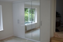 Mirrored-Wardrobe