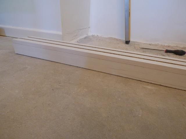 Ensure floor rail sits onto floor