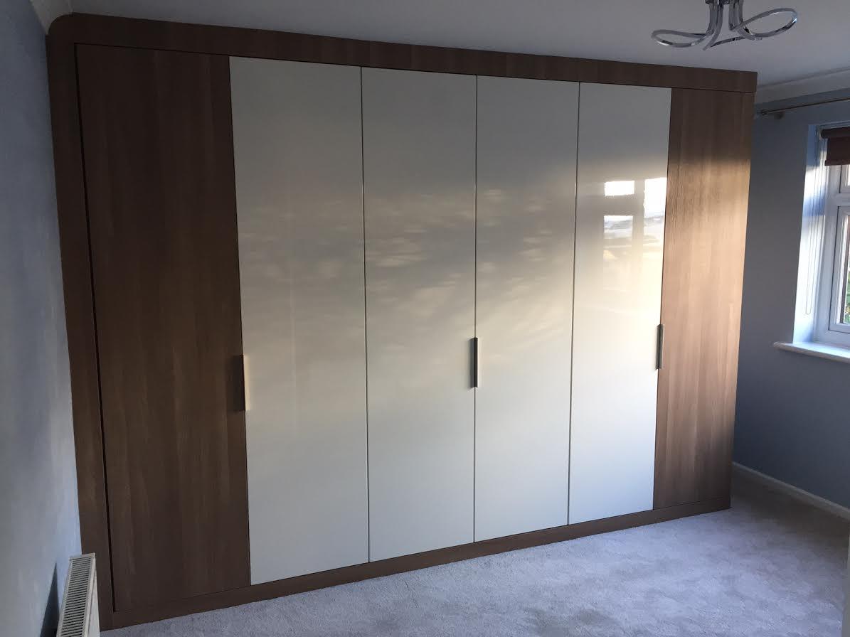nina-carroll-wardrobe
